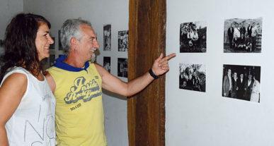 Jose Luis Egaña erakusketan, Arantxa Atxukarro emaztearekin