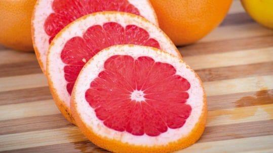 Fruta hibridoak mahaian